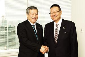 久保博常務取締役事業局長、稲垣理事