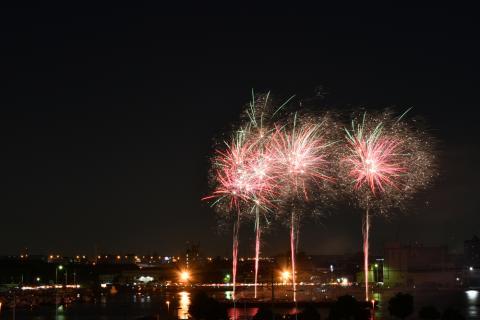 ふなばし市民まつり船橋港親水公園花火大会