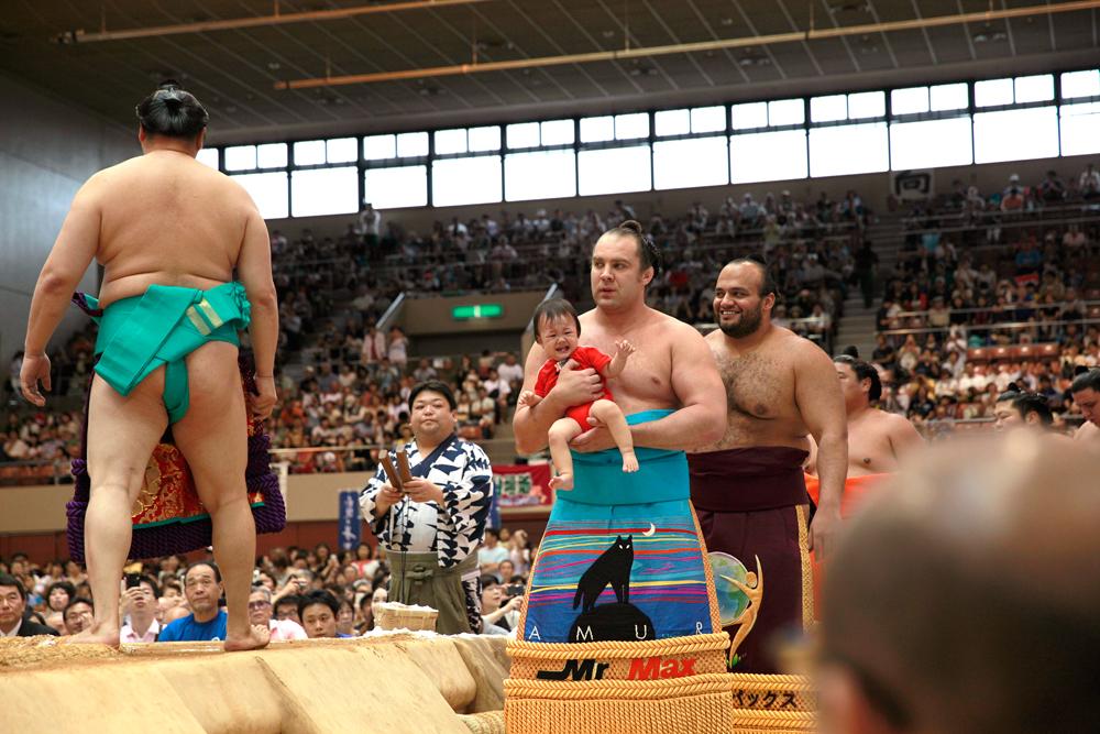 大相撲があなたの街にやってくる...
